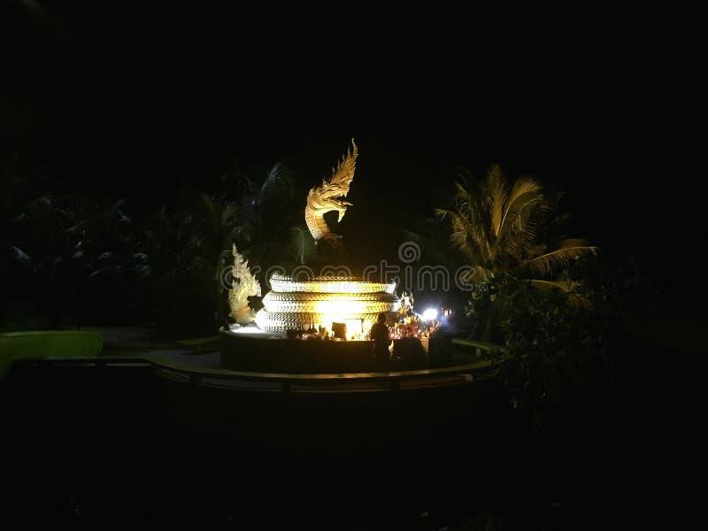 Smok statua na Karon plaży Tajlandia zdjęcie royalty free