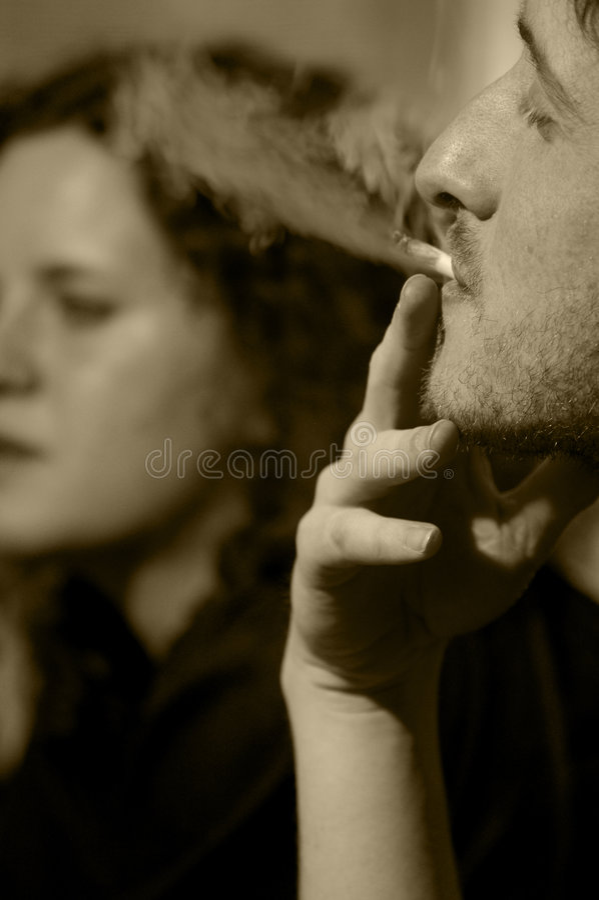 Smoke, argument of a couple