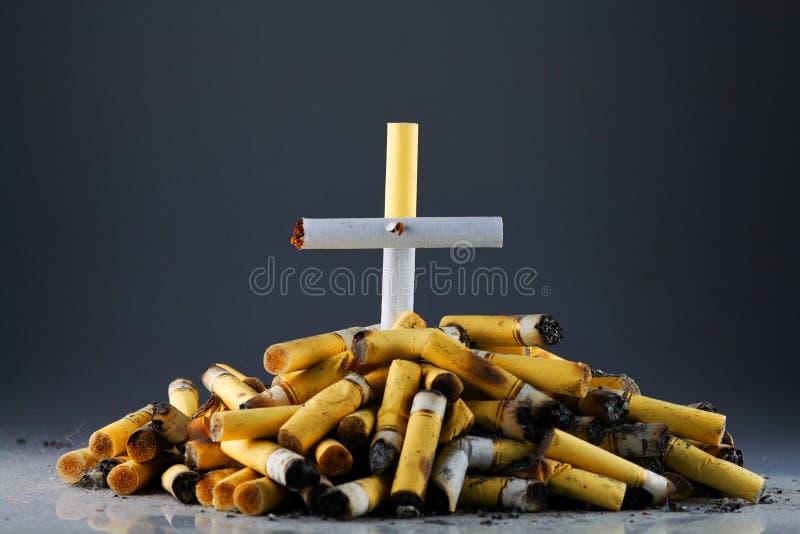 Smoking-dood royalty-vrije stock afbeelding