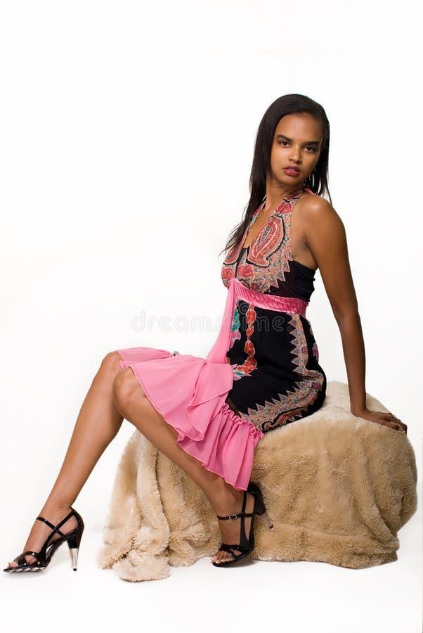 smokingowa ładna kobieta obraz stock