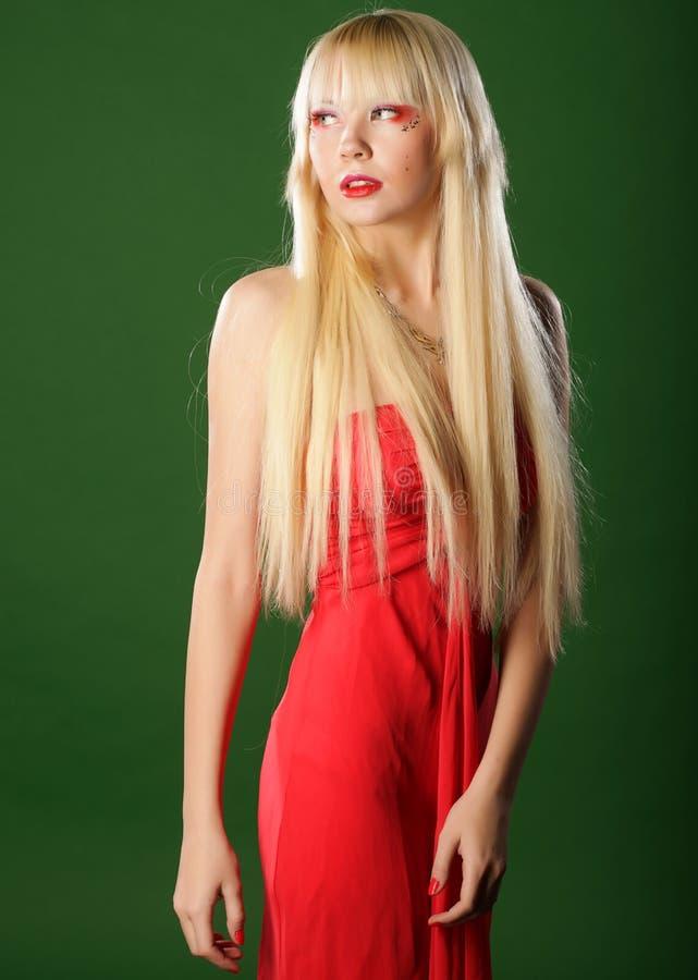 smokingowa blondyn czerwień obraz royalty free