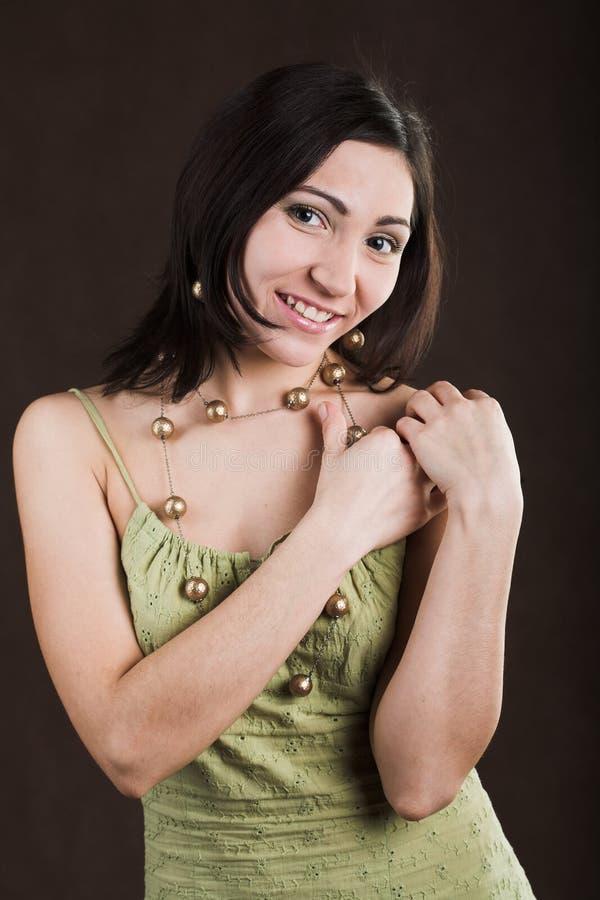 smokingowa zielona ładna kobieta zdjęcia stock