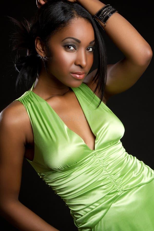 smokingowa zielona kobieta obraz royalty free
