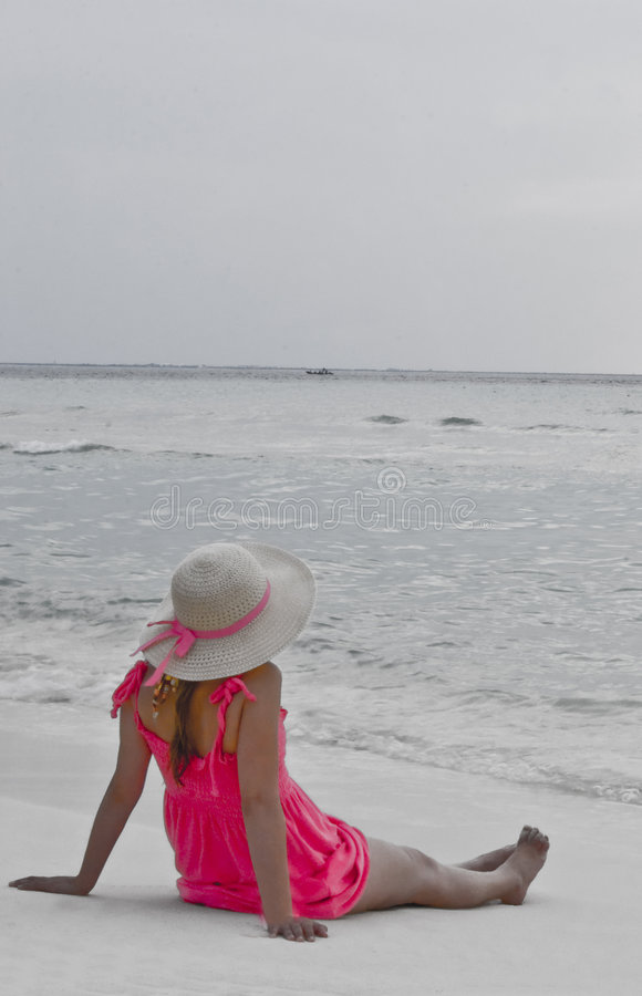 smokingowe różowy dziewczyn plażowych fotografia stock