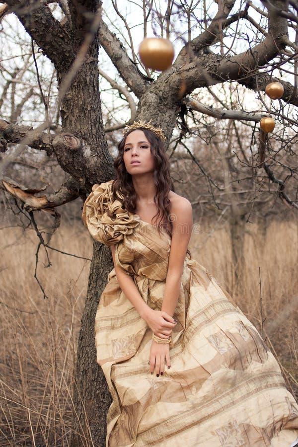 smokingowy złocisty princess fotografia royalty free