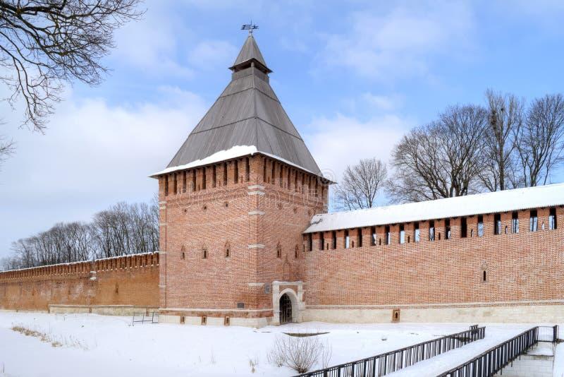 smolensk по мере того как предпосылка может стена крепости используемая изображением стоковая фотография