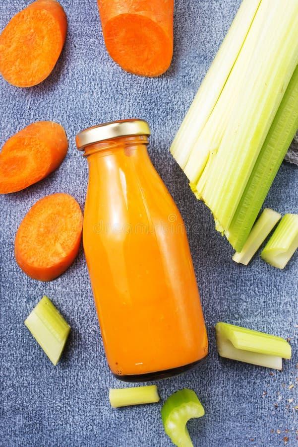 Smoothie моркови стоковые изображения rf