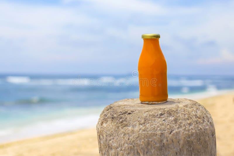 Download Smoothie anaranjado sano imagen de archivo. Imagen de cristal - 64203461