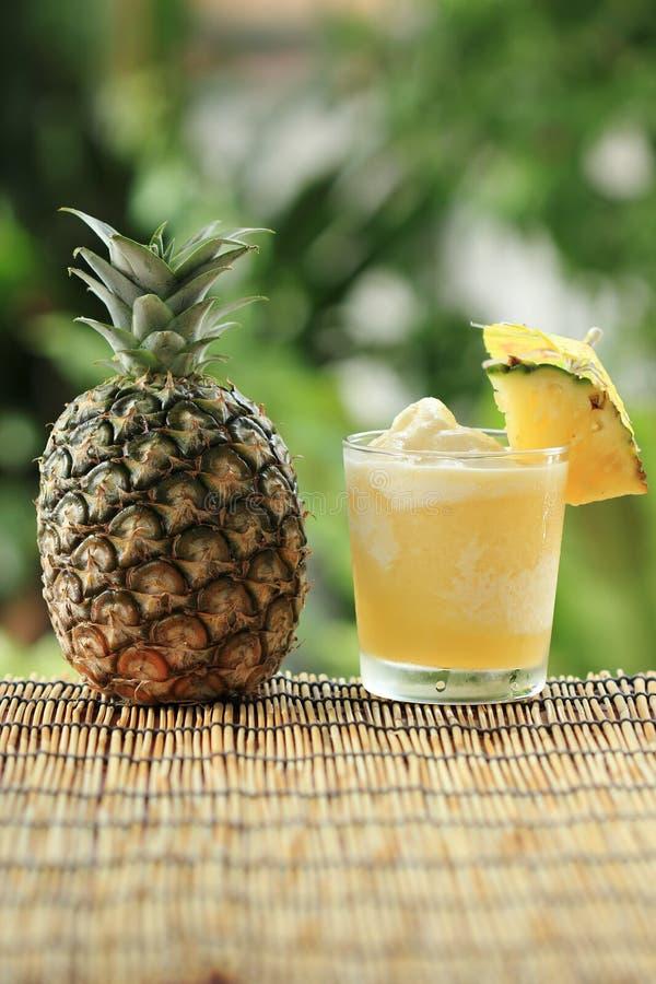 Smoothie d'ananas photographie stock