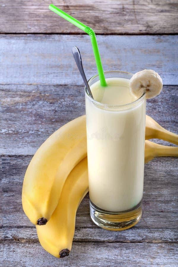 Smoothie de banane photos libres de droits