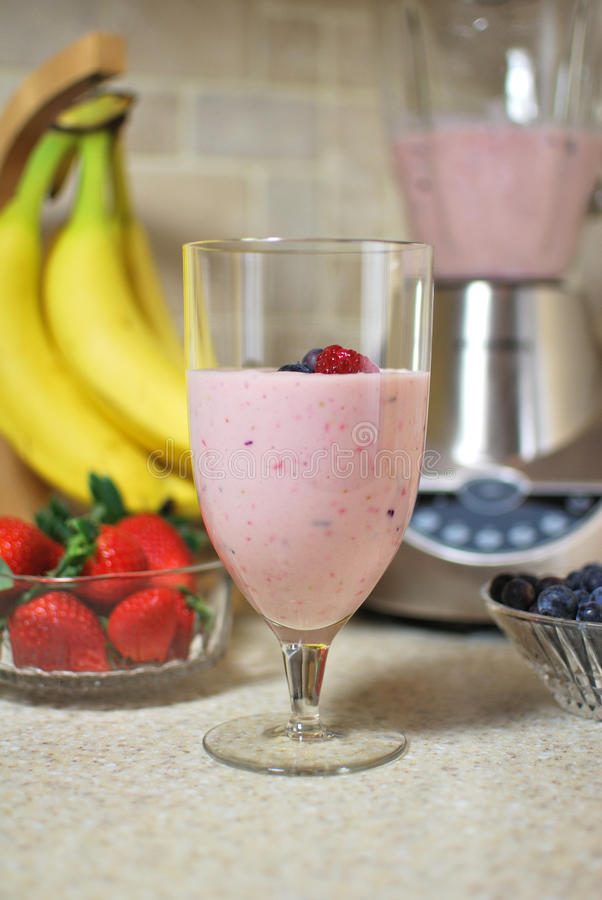 Smoothie de banane de fraise photo stock