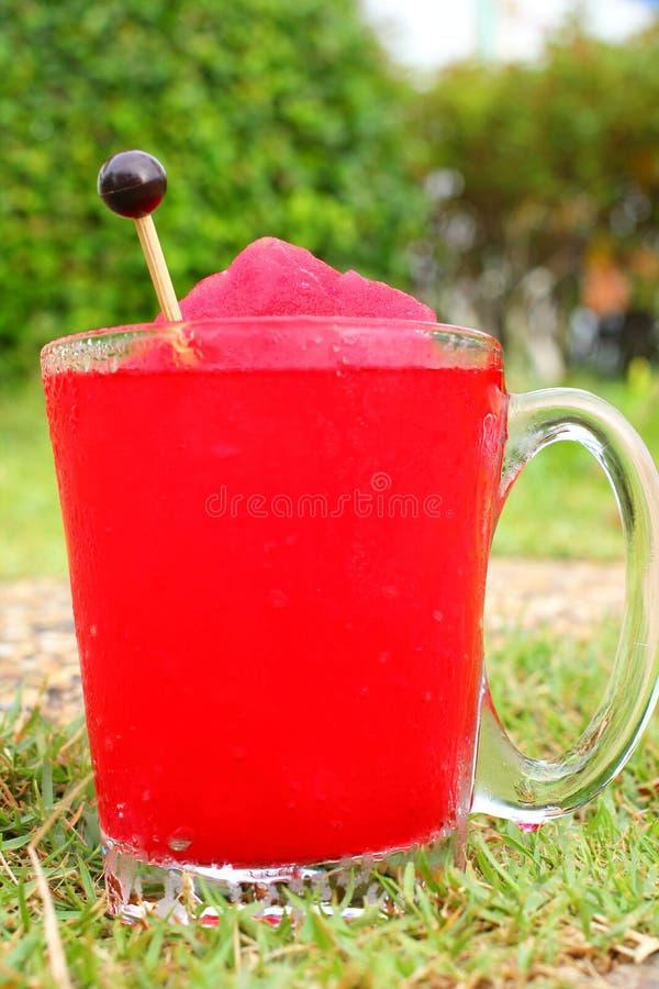 Smoothie de fraise photographie stock libre de droits
