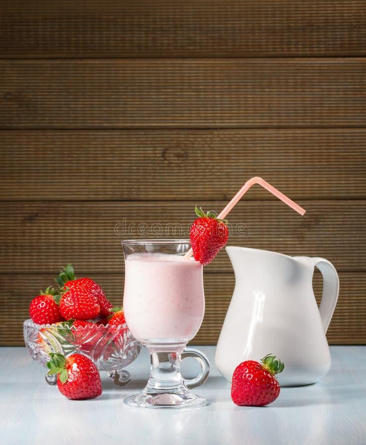 Smoothie de fraise images libres de droits