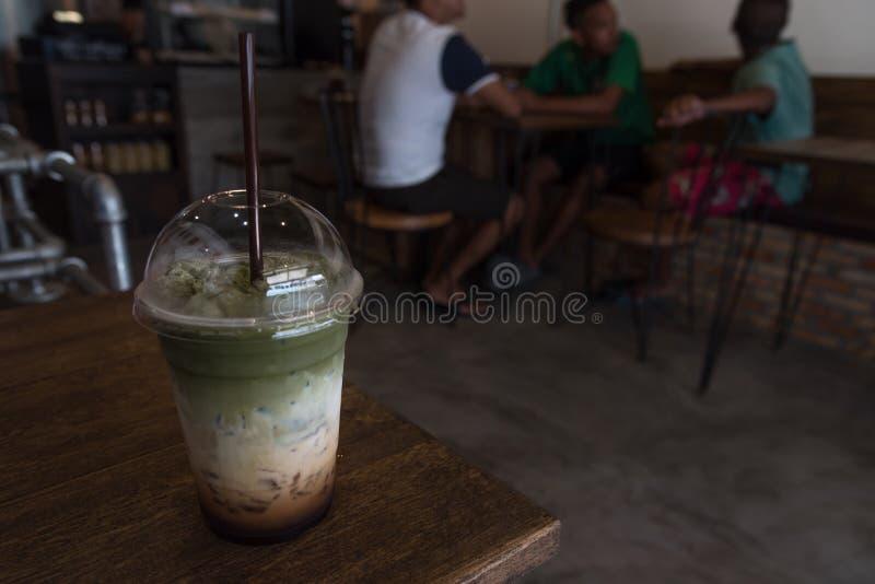 Smoothie del té verde de Matcha foto de archivo