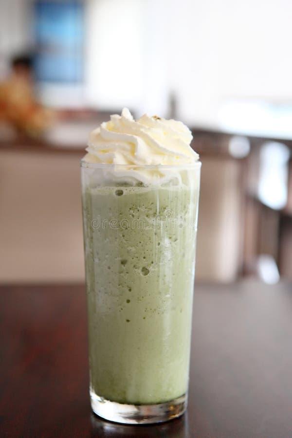 Smoothie do chá verde fotografia de stock royalty free