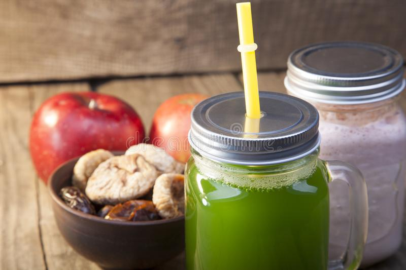 Download Smoothie In Glass Jar On Rustik Wood. Green Healthy Beverage And Stock Photo - Image of dieting, beverage: 114727078