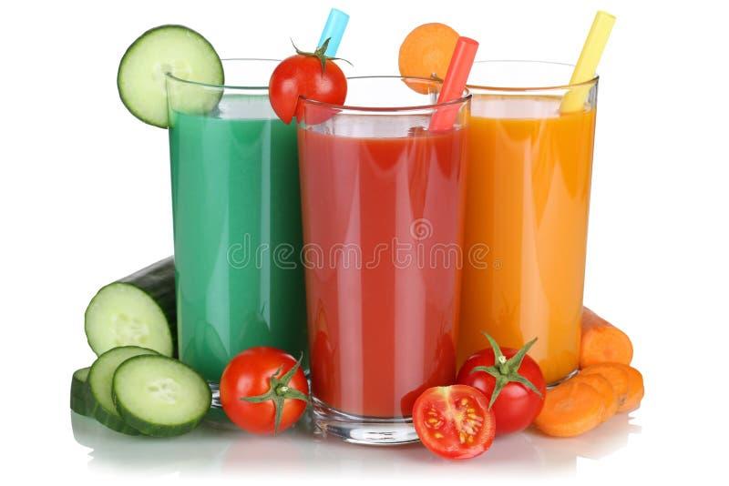 Smoothie plantaardig tomatesap met geïsoleerde groenten stock afbeeldingen