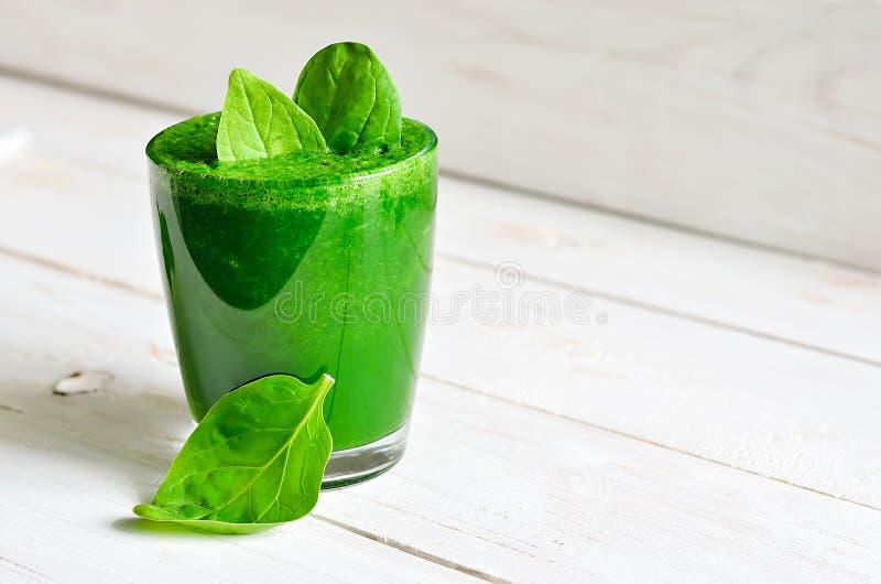 Smoothie vert photographie stock libre de droits