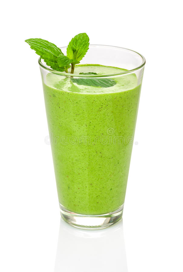 Smoothie vert avec la menthe photos stock