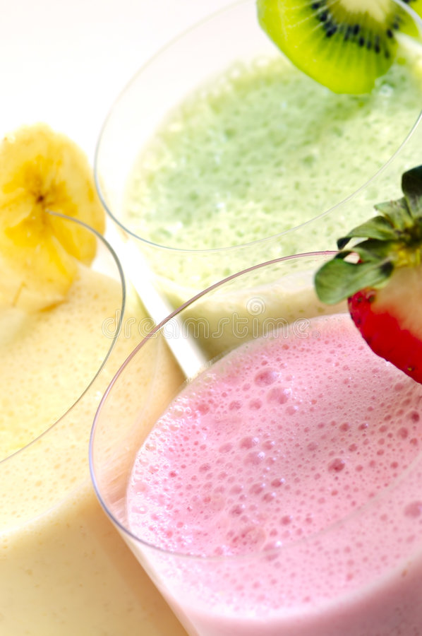 Smoothies assortis de fruit photo stock