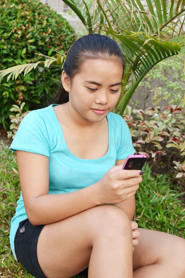 SMS royaltyfri bild