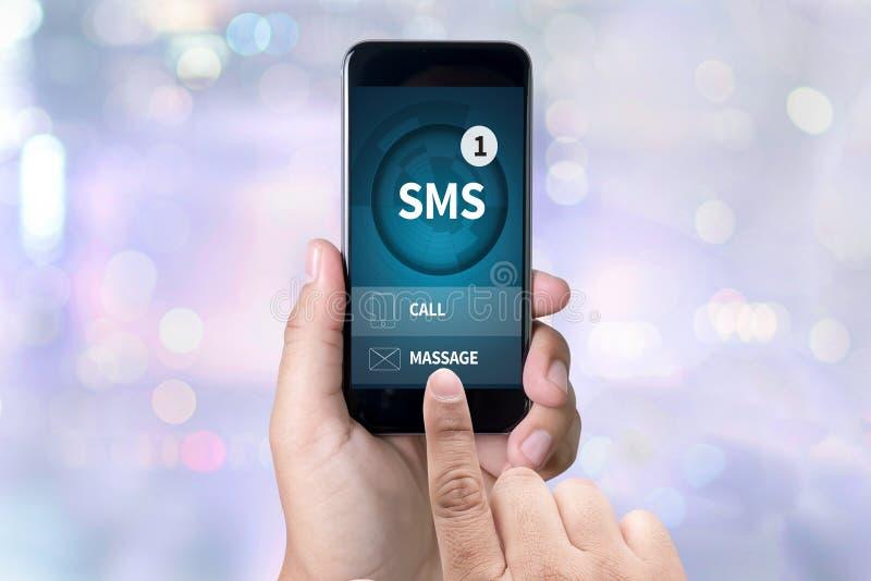 SMS-Mitteilungs-Kommunikations-Mitteilungs-Alarm-Anzeige sms lizenzfreie stockbilder