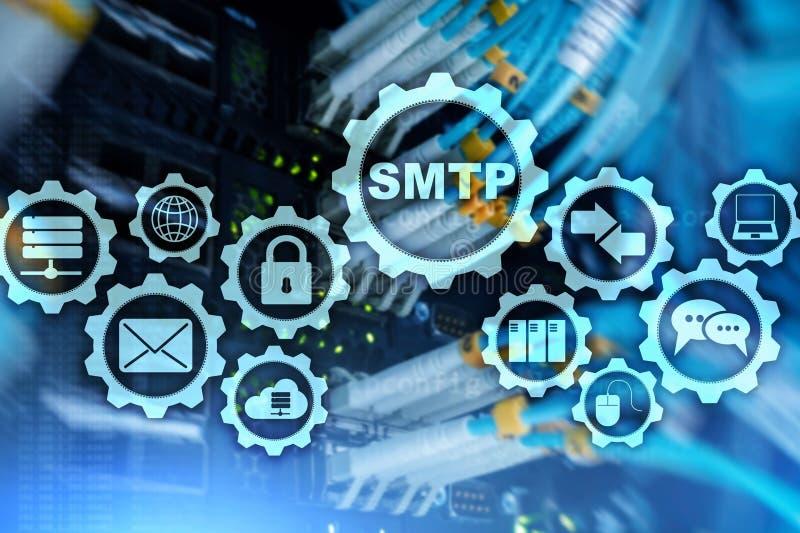 Smtp - protocolo de la transferencia del correo del servidor Protocolo del IP del TCP que env?a y que recibe el email Simple Mail fotografía de archivo