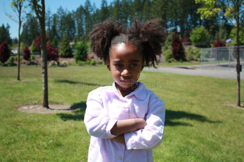 smutna Amerykanin afrykańskiego pochodzenia dziewczyna zdjęcie stock
