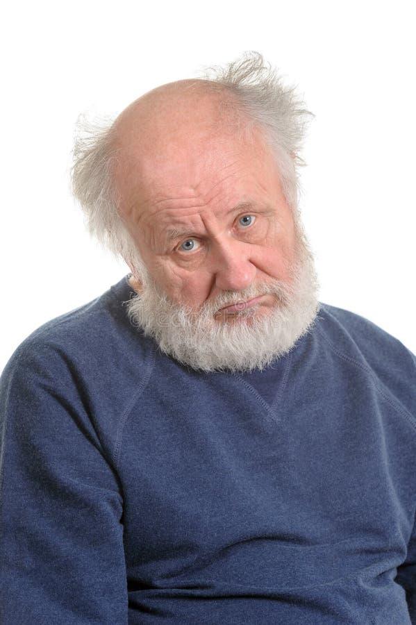 Smutnego przygnębiającego starego człowieka odosobniony portret zdjęcia royalty free