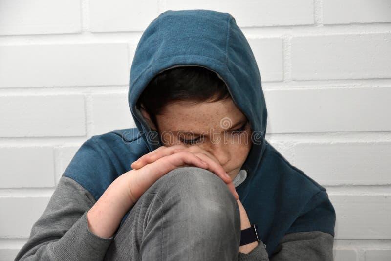 smutny chłopiec nastolatek fotografia stock