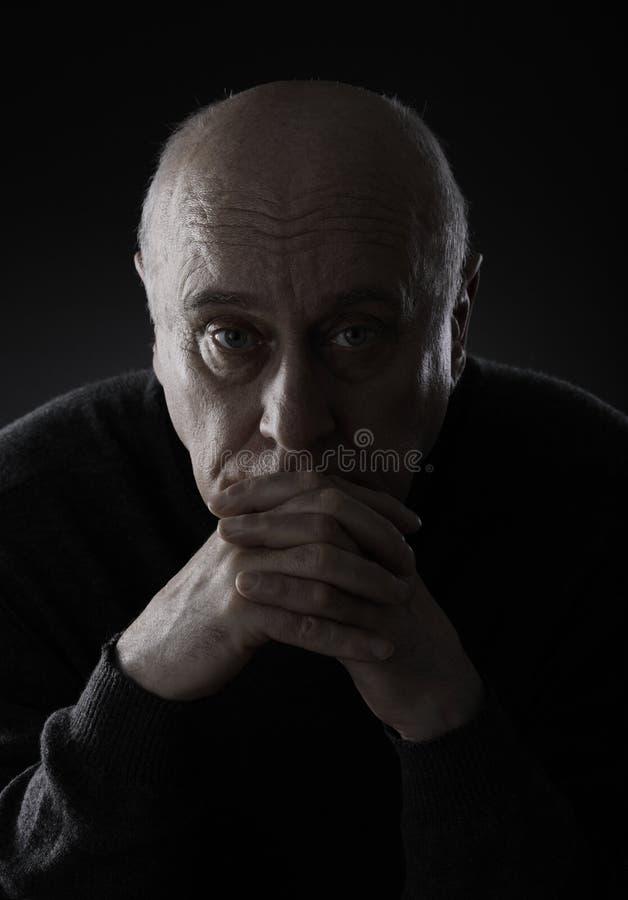 smutny mężczyzna senior fotografia stock