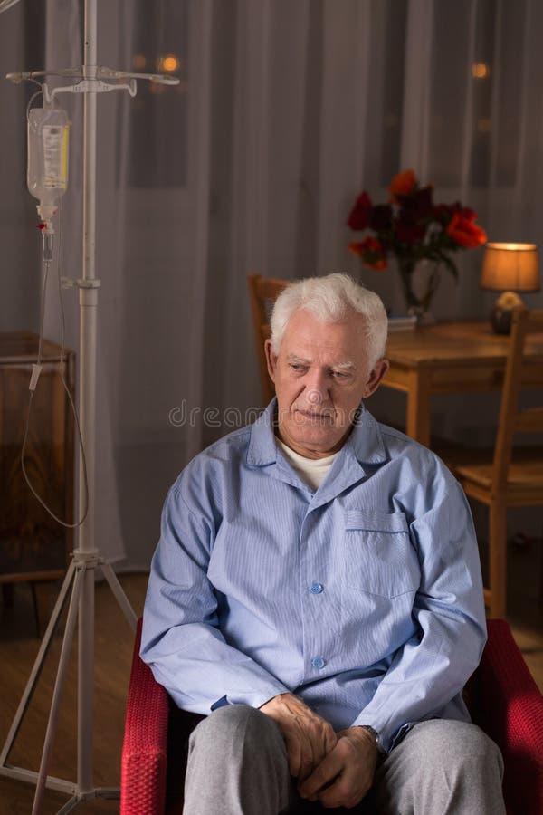 Smutny mężczyzna z kapinosem obrazy stock