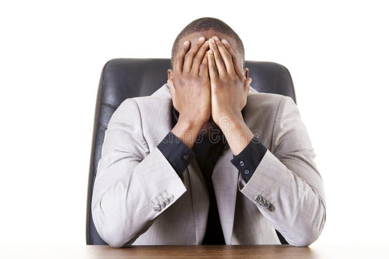 Smutny, zmęczony lub przygnębiony biznesmen, obrazy royalty free