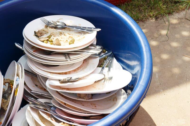 smutsig maträtt royaltyfri bild