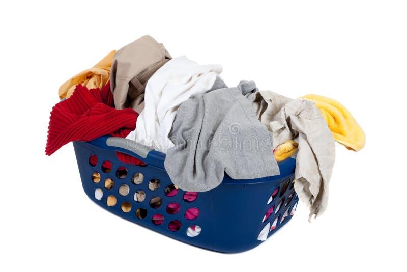 smutsigt tvätteri för korg royaltyfri bild