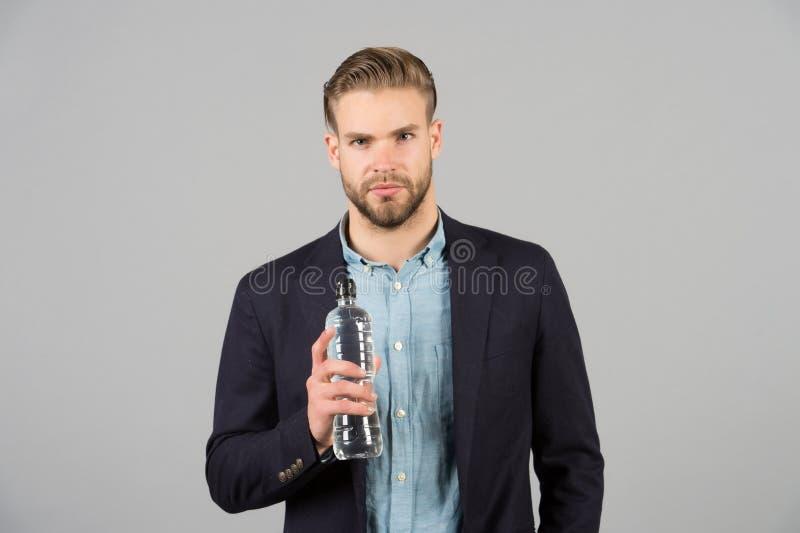 Smutt av friskhet Var säker att bli hydratiserat med överflöd av vatten genom hela dag, att få nog att sova och att äta healthily royaltyfri bild