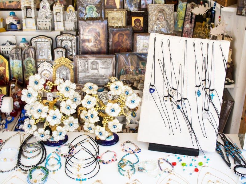 Smycken i den grekiska ön shoppar royaltyfria bilder