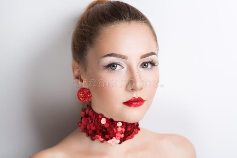 Smyckenhalsbandörhängen royaltyfria foton