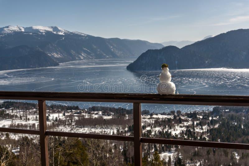 Snögubbe sikt för berg för sjöis bästa arkivbilder