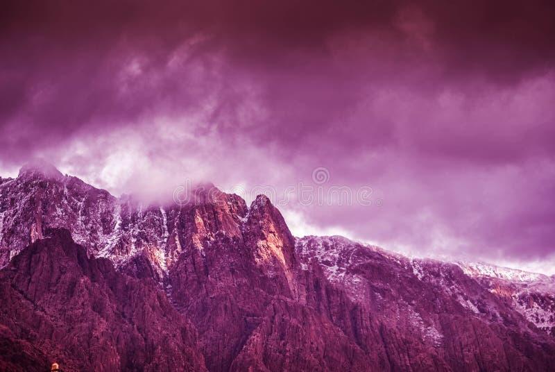 Snöig dag i Marocko arkivfoton
