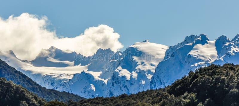 Snöig maxima i Glenorchy, Nya Zeeland arkivfoton