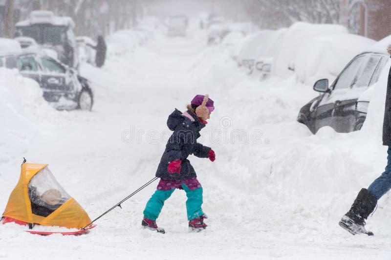 Snöstorm Stella i Montreal arkivfoto