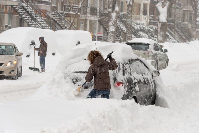 Snöstorm Stella i Montreal arkivfoton