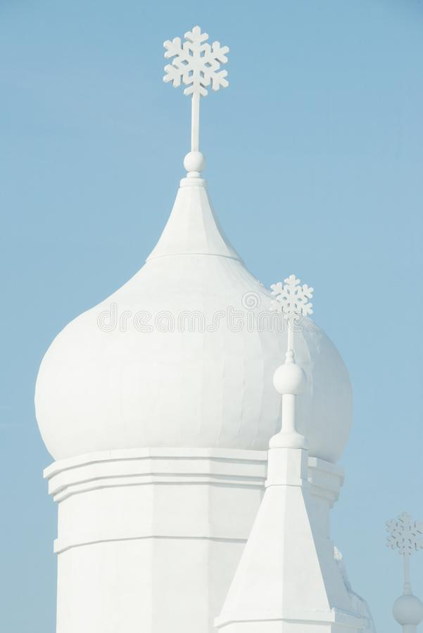 Snötorn - Harbin snöskulpturer 2018 arkivbild