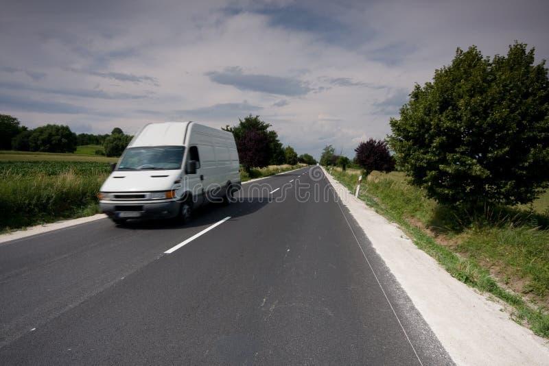 Snabb moving skåpbil arkivbilder