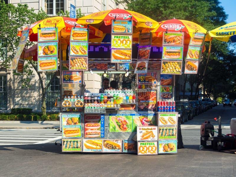 Snabbmatställning i New York City royaltyfri foto