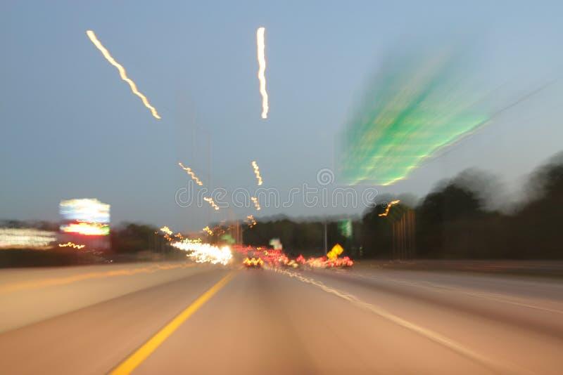 snabbt går spåret för ljus tid arkivfoton