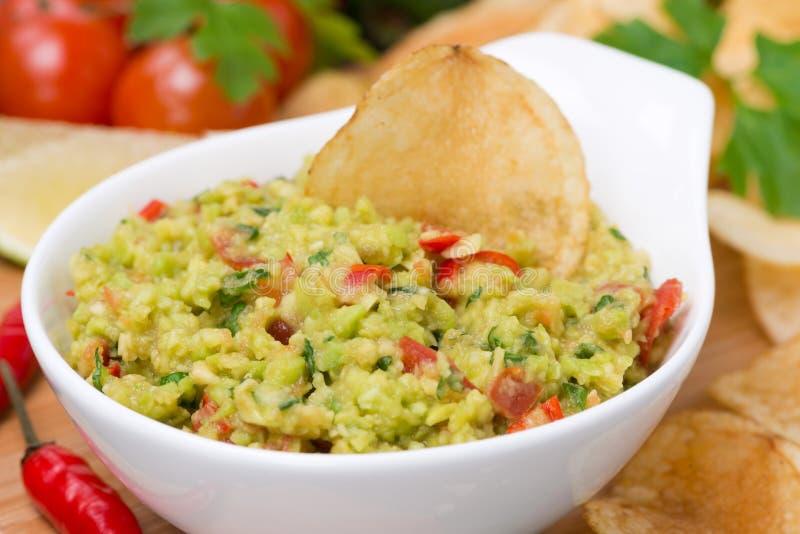 Snack - Mexicaanse saus guacamole, close-up, selectieve nadruk royalty-vrije stock foto