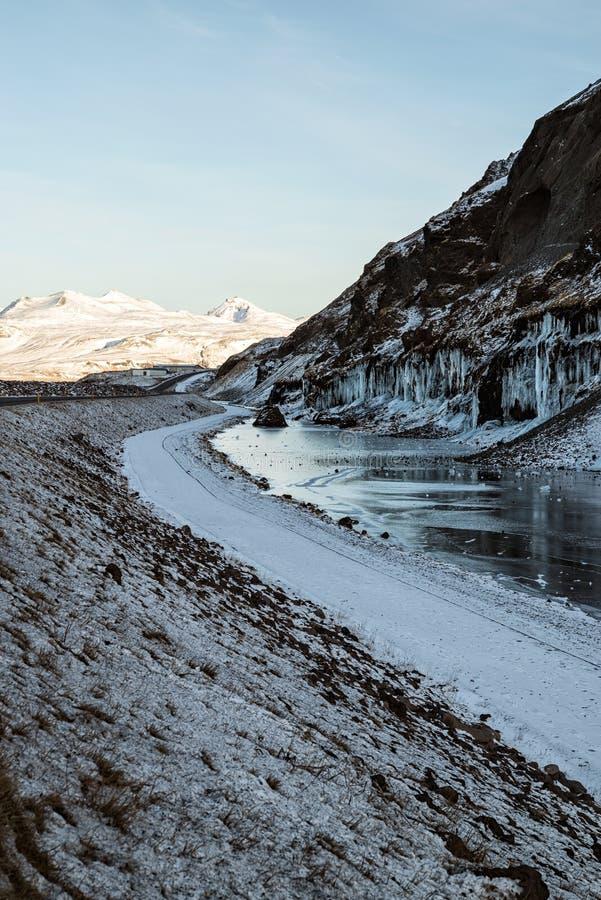 Snaefellsnes halvö i vinter på solnedgång, Island royaltyfria bilder