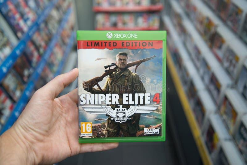 Snajperski elita 4 gra wideo na XBOX Jeden zdjęcie royalty free